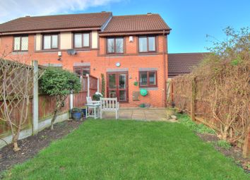 3 bed town house for sale in Rochester Gardens, Rodley, Leeds LS13