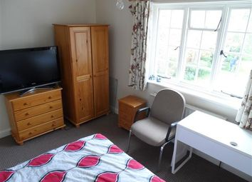 Thumbnail Room to rent in Beaufort Road, London