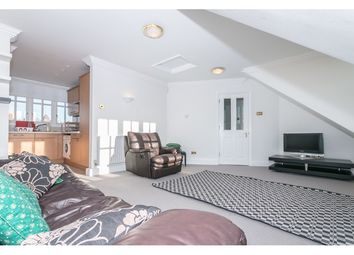 Thumbnail 2 bedroom flat to rent in New End, Hampstead, London