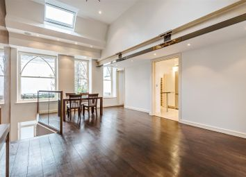 Thumbnail 4 bed property to rent in Trinity Close, London