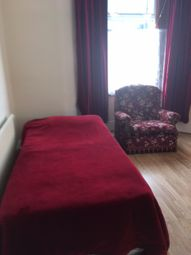 Thumbnail Room to rent in Stopford Road, London
