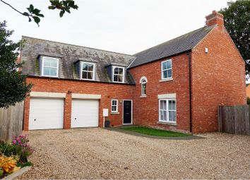 Thumbnail 4 bedroom detached house for sale in Newark Road, Lincoln