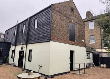 Thumbnail 2 bed flat to rent in Manor Road, Gravesend