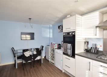 4 bed town house for sale in Poole Close, Wainscott, Rochester, Kent ME3