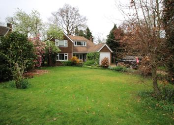 Thumbnail 3 bed detached house to rent in Blackwood Cl, West Byfleet
