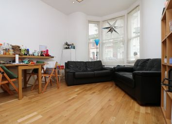 Thumbnail 3 bedroom flat to rent in Witherington Road, Highbury