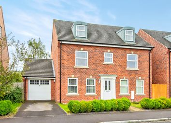 Thumbnail 5 bed detached house for sale in Kirby Drive, Bramley, Tadley