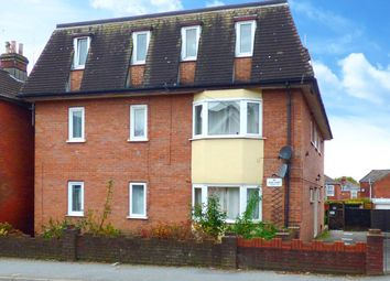 2 bed flat for sale in Dean Court, Bullar Road, Southampton SO18