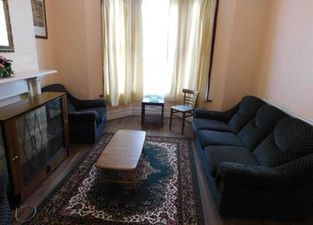 Thumbnail 1 bed flat to rent in Fairmount Road, Clapham, London