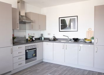 Thumbnail 2 bed flat for sale in 18 Purley Way, Croydon