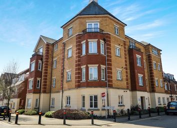 Thumbnail 2 bed flat for sale in Barley Mow View, Ashford