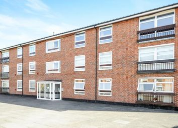 Thumbnail 3 bed flat for sale in Maresfield, Croydon