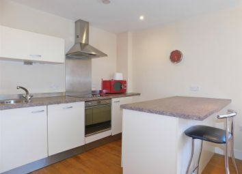 1 bed flat to rent in Canal Wharf, Waterfront Walk, Birmingham B1