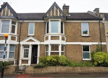 Thumbnail 2 bed flat for sale in Sanderstead Road, South Croydon