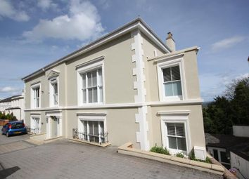 The Penthouse, Charlbury House, Worcester Road, Malvern, Worcestershire WR14. 2 bed flat for sale