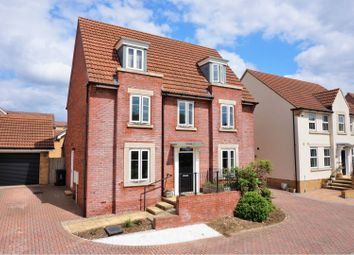 Thumbnail 5 bed detached house for sale in Slade Street, Swindon