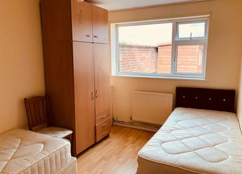 Thumbnail 4 bed flat to rent in Uxbridge Rd, Hayes