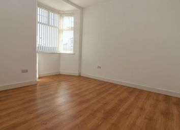 Thumbnail 1 bed flat to rent in Aberdeen Road, Southampton