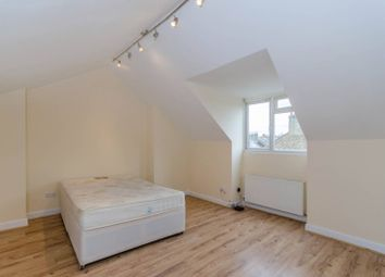 2 bed flat to rent in Mansfield Road, Hampstead, London NW3
