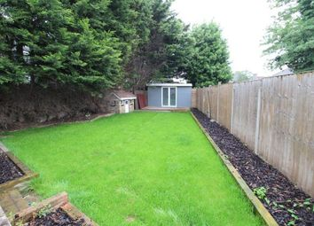 4 bed property to rent in Linkscroft Avenue, Ashford TW15