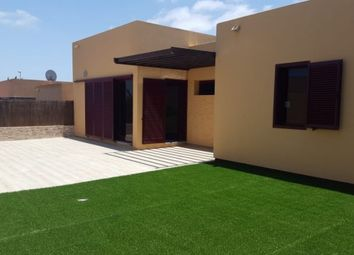 Thumbnail 2 bed villa for sale in Spain, Fuerteventura, La Oliva, Corralejo