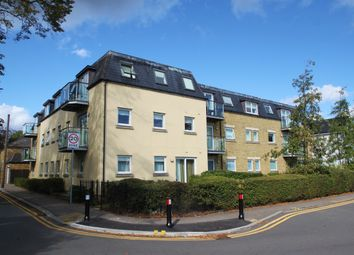Mornington Road, Woodford Green IG8. 2 bed flat