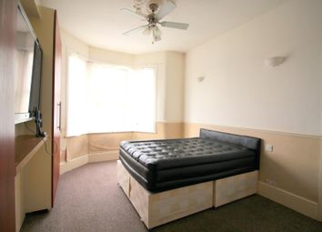 Thumbnail Room to rent in Room 2, Rectory Road, London