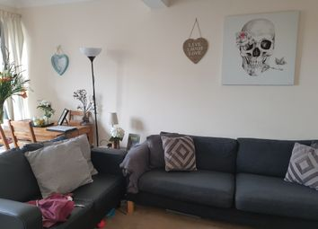 Thumbnail 3 bed flat to rent in Fairfield Road, London