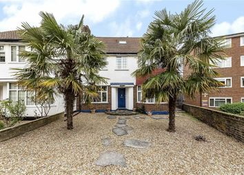 Thumbnail 4 bed property for sale in Leigham Court Road, London