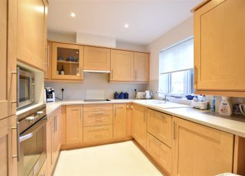 2 bed flat for sale in Cobham Road, Fetcham, Leatherhead KT22