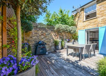 Thumbnail 3 bed detached house to rent in Hetherington Road, Clapham