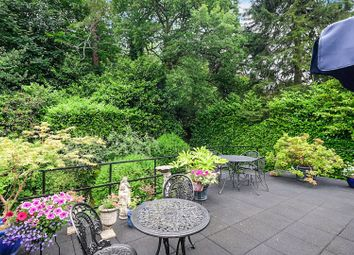 Thumbnail 3 bedroom flat for sale in Westerham Road, Oxted