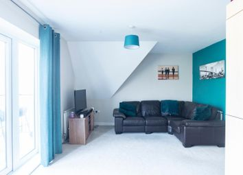 Thumbnail 2 bedroom flat for sale in Leaf Hill Drive, Romford