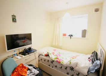Thumbnail 3 bedroom flat for sale in Boyton Close, Turnpike Lane