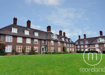 Thumbnail 3 bed maisonette for sale in Bigwood Road, Hampstead Garden Suburb
