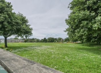 New Park View, Farsley LS28