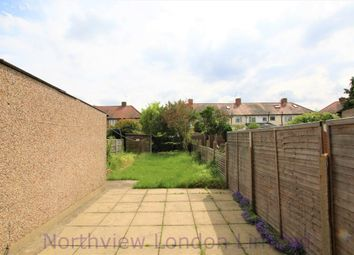 Thumbnail 4 bed detached house to rent in Cunningham Avenue, Enfield
