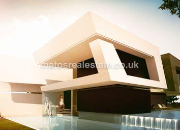 Thumbnail 4 bed villa for sale in Modern 4 Bedroom Villa In Vilamoura, Loulé, Central Algarve, Portugal