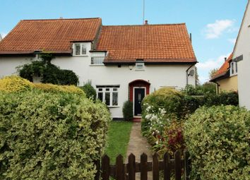 Thumbnail 3 bedroom cottage for sale in Gobions Way, Potters Bar
