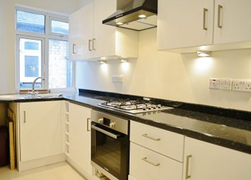 Thumbnail 2 bed flat to rent in Grove Vale, East Dulwich
