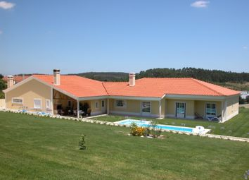 Thumbnail 5 bed detached house for sale in Cadaval E Pêro Moniz, Cadaval E Pêro Moniz, Cadaval