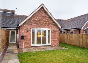 Thumbnail 2 bedroom bungalow for sale in Hamlyn Place, Kingsland, Herefordshire