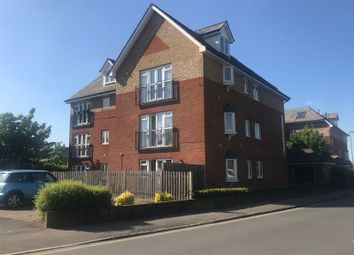 Thumbnail Flat to rent in Station Approach, Horley