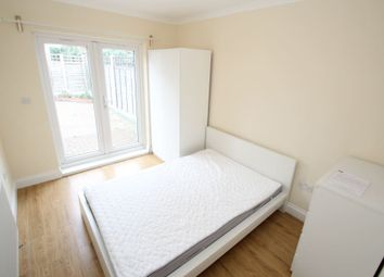 Thumbnail Room to rent in Eastern Avenue, Ilford