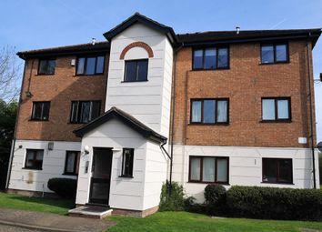 Thumbnail Studio to rent in Parrotts Field, Hoddesdon