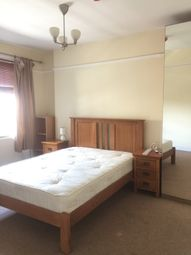 Thumbnail 3 bed shared accommodation to rent in Queensway, London