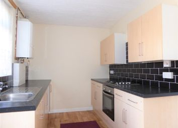 Thumbnail 2 bed property to rent in Hedon Road, Hull