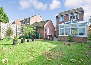 Thumbnail 3 bed detached house to rent in York Close, Southwater, Horsham