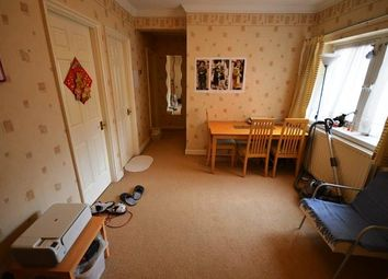 Thumbnail 2 bed flat to rent in East Parkside, Edinburgh