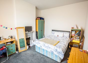 Thumbnail 5 bed terraced house to rent in Arnold Avenue, Huddersfield